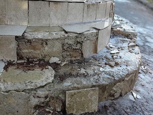 Ремонт бетонных лестниц крыльца